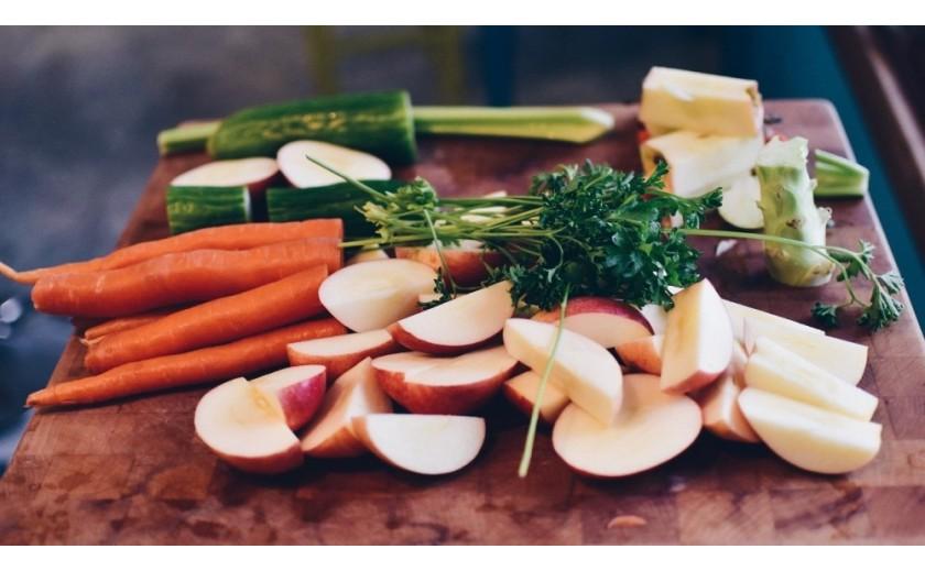 10 zasad zdrowego odżywiania - co i jak jeść, by być w pełni sił?
