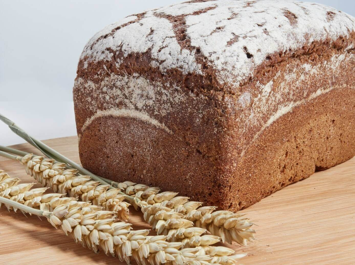 Naturalny chleb z mąki żytniej