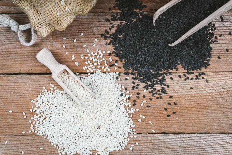 Sezam biały oraz sezam czarny